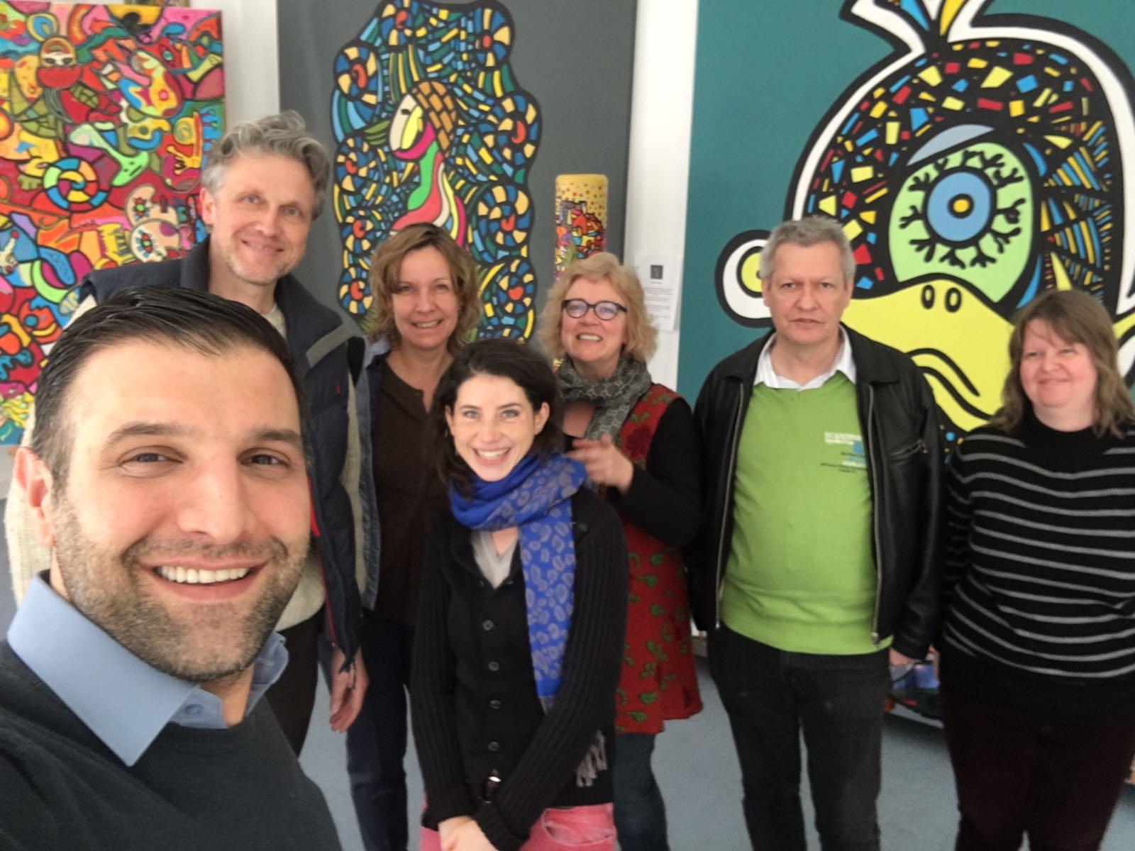 Lebendiger Kunst-Treffpunkt: Besuch im Café Osbili